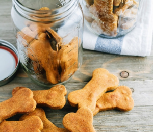 peanut-butter-pumpkin-dog-treats